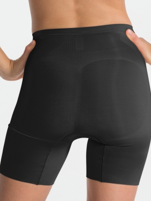 Oncore Mid-Thigh Short