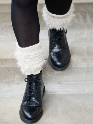 Fluffy Boot Top